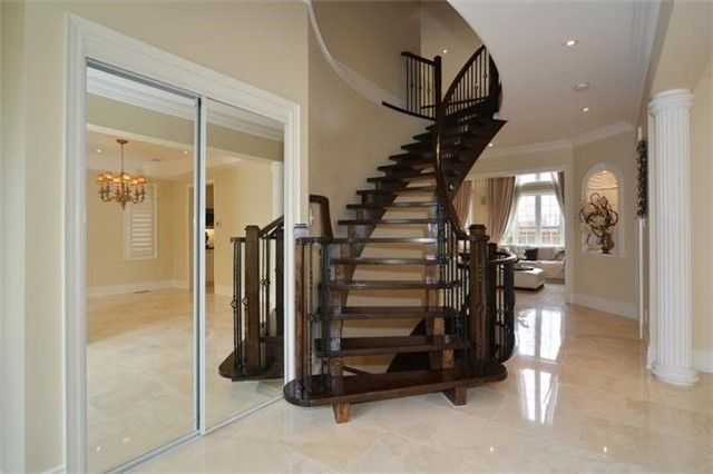 Detached at 328 St Urbain Dr, Vaughan, Ontario. Image 15