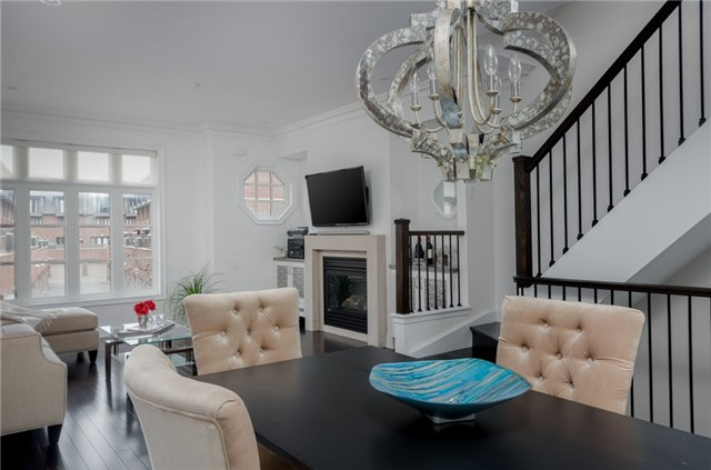 Condo Townhouse at 63 Powseland Cres, Vaughan, Ontario. Image 15