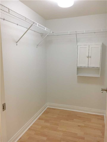 Condo Apartment at 7363 Kennedy Rd, Unit 301, Markham, Ontario. Image 14