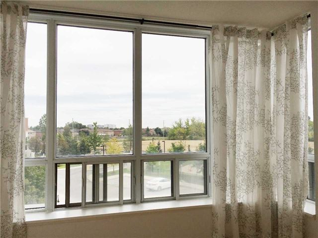 Condo Apartment at 7363 Kennedy Rd, Unit 301, Markham, Ontario. Image 2