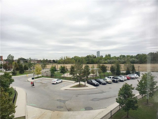 Condo Apartment at 7363 Kennedy Rd, Unit 301, Markham, Ontario. Image 3