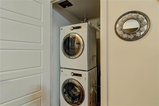 Condo Apartment at 8200 Birchmount Rd, Unit 203, Markham, Ontario. Image 3
