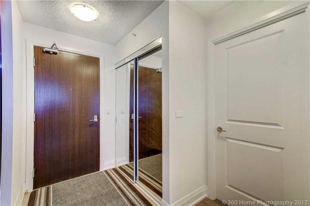 Condo Apartment at 372 Highway 7 E, Unit 719, Richmond Hill, Ontario. Image 12