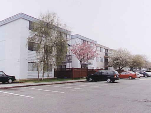 Condo Apartment at 307 7280 LINDSAY ROAD, Unit 307, Richmond, British Columbia. Image 1
