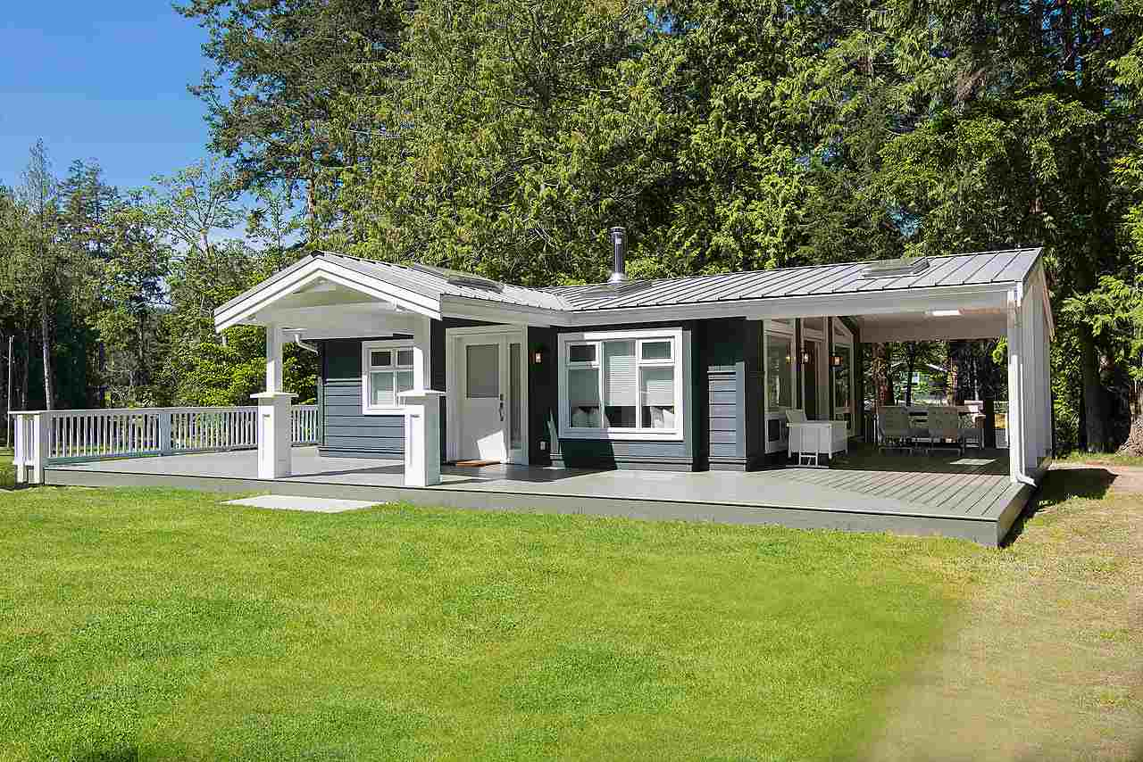 Detached at 575-675 CAIN ROAD, Islands-Van. & Gulf, British Columbia. Image 18