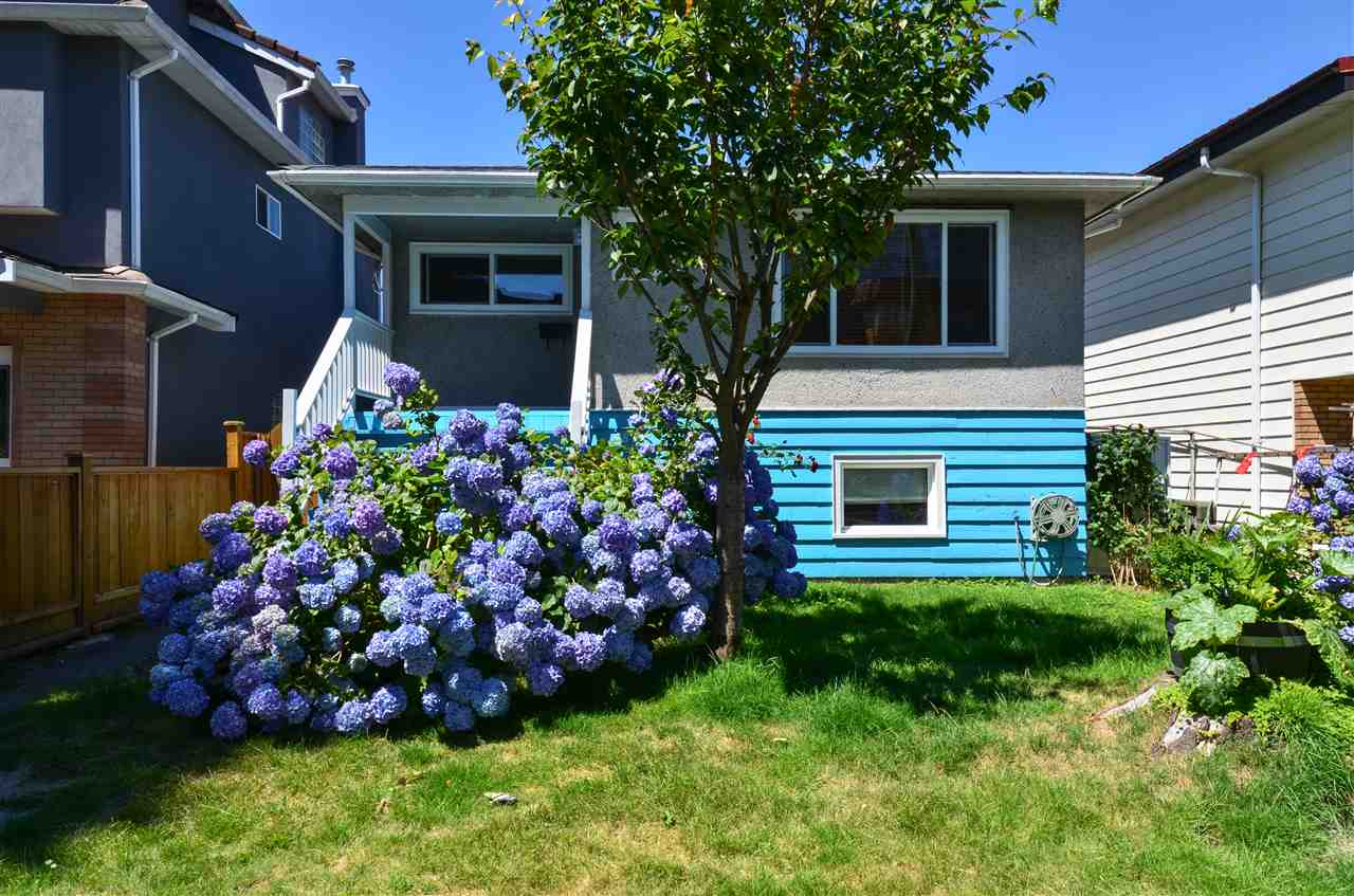 Detached at 4873 BALDWIN STREET, Vancouver East, British Columbia. Image 2