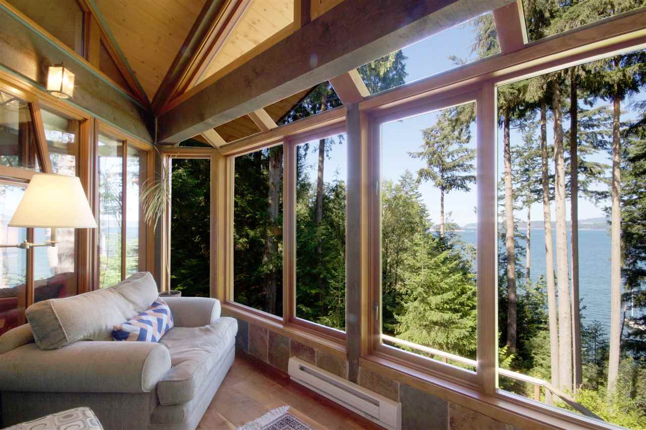 Detached at 1711 ISLE VIEW LANE, Bowen Island, British Columbia. Image 7