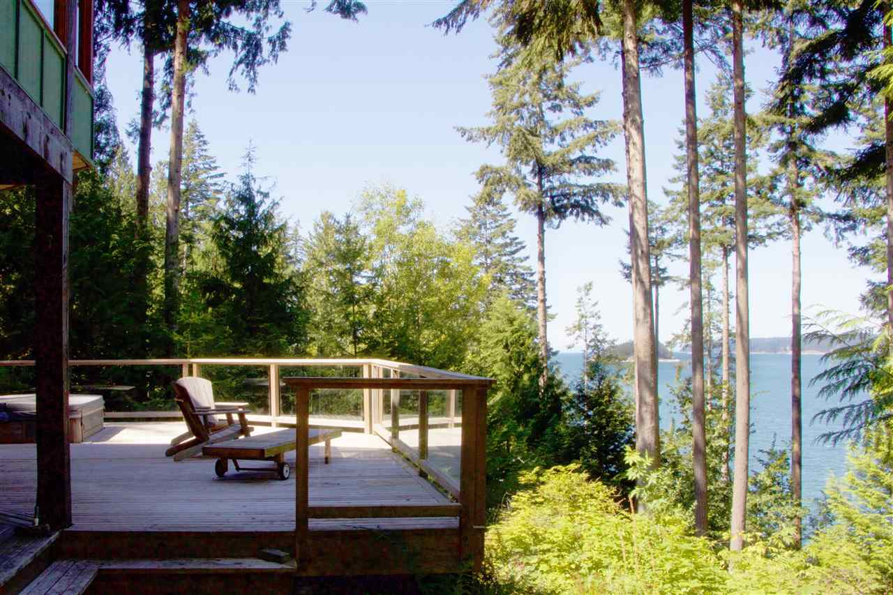 Detached at 1711 ISLE VIEW LANE, Bowen Island, British Columbia. Image 17