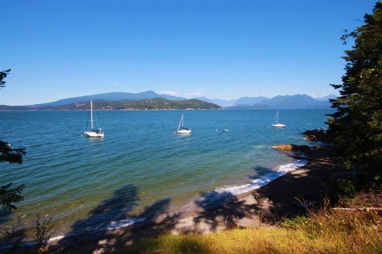Detached at 1711 ISLE VIEW LANE, Bowen Island, British Columbia. Image 19