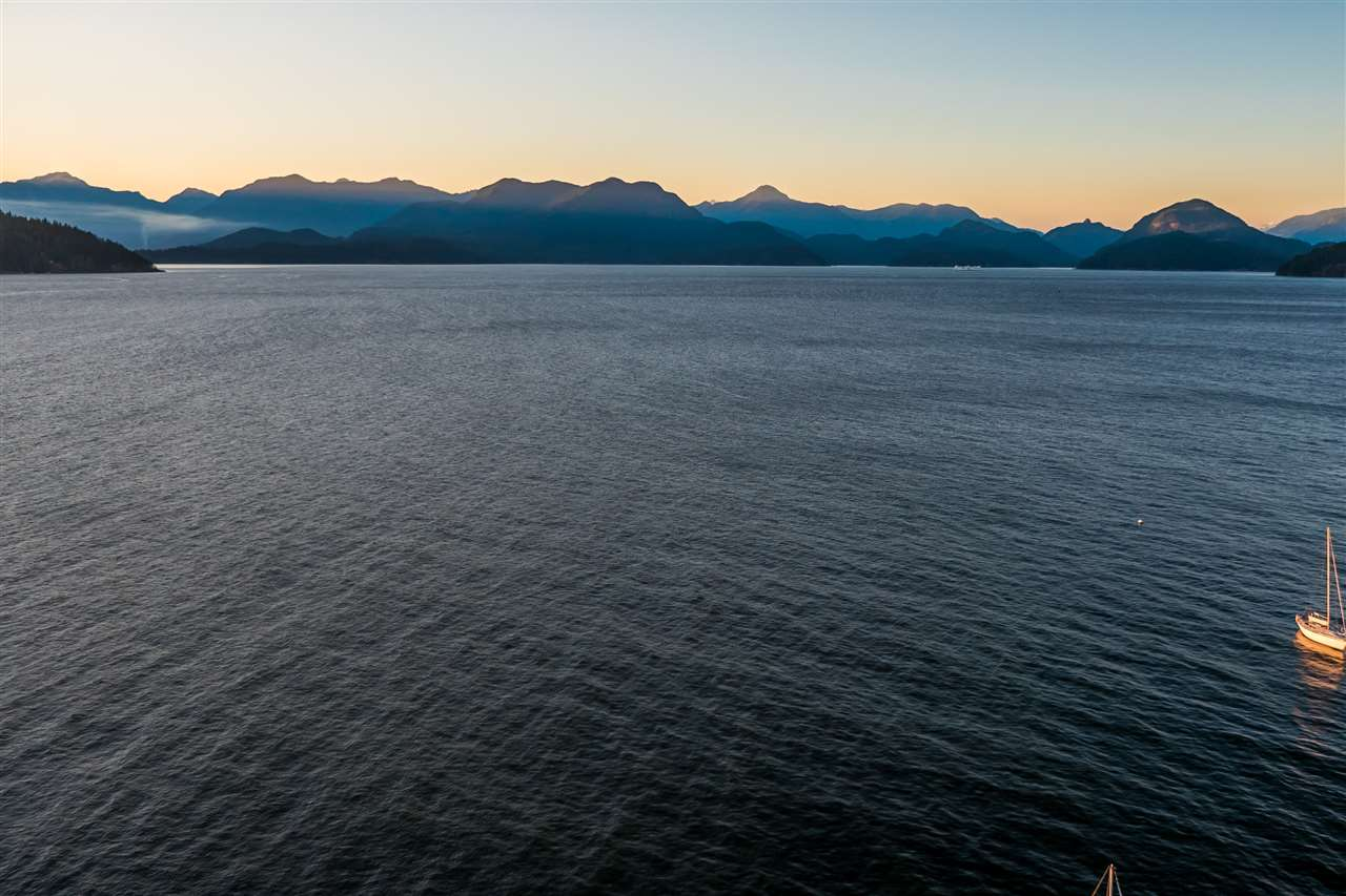 Detached at 1711 ISLE VIEW LANE, Bowen Island, British Columbia. Image 20