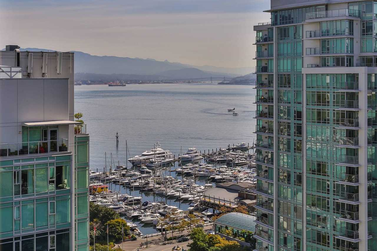 Condo Apartment at 1901 1680 BAYSHORE DRIVE, Unit 1901, Vancouver West, British Columbia. Image 1