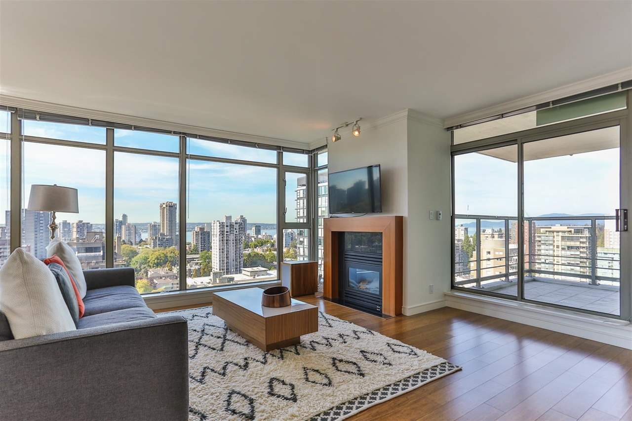 Condo Apartment at 1901 1680 BAYSHORE DRIVE, Unit 1901, Vancouver West, British Columbia. Image 2