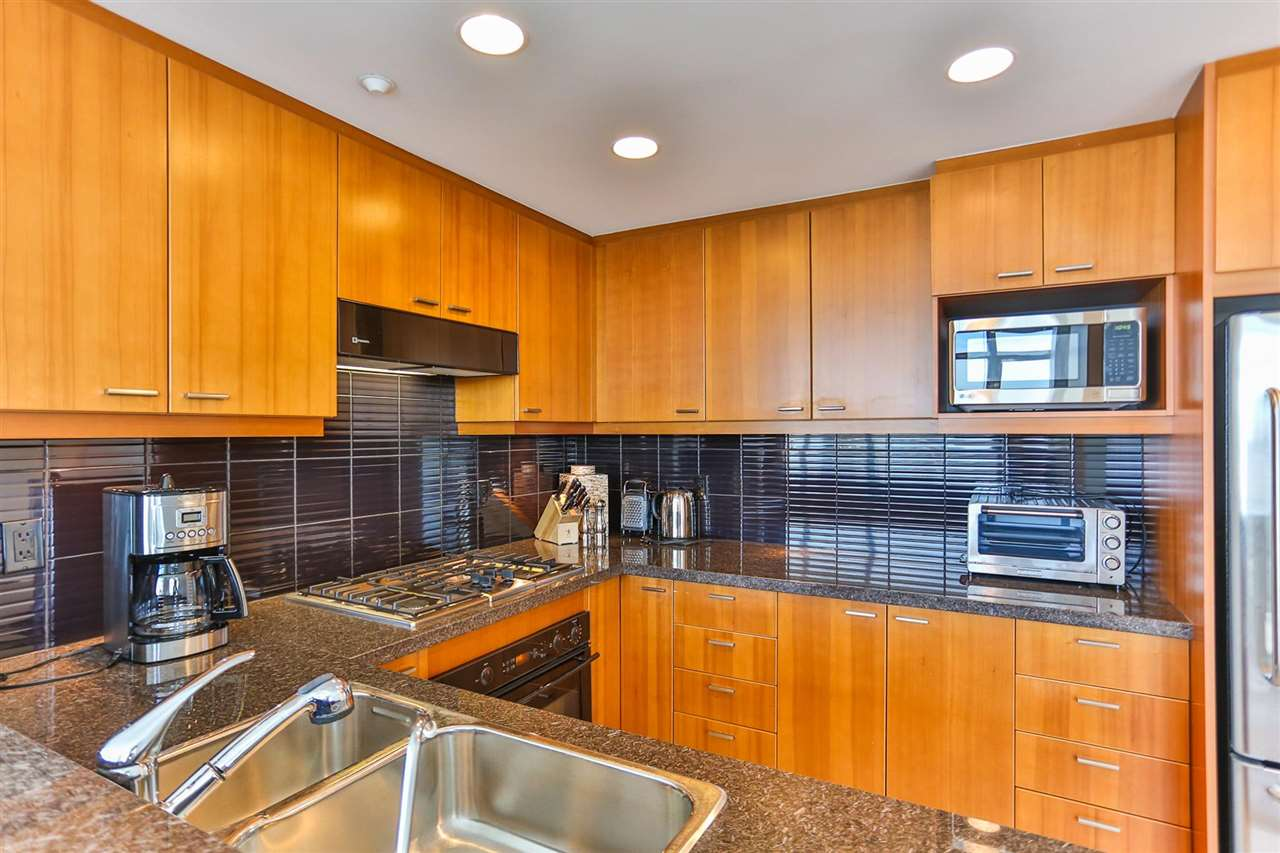 Condo Apartment at 1901 1680 BAYSHORE DRIVE, Unit 1901, Vancouver West, British Columbia. Image 5