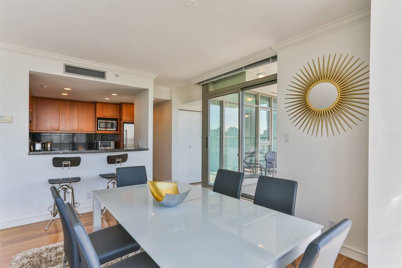 Condo Apartment at 1901 1680 BAYSHORE DRIVE, Unit 1901, Vancouver West, British Columbia. Image 12
