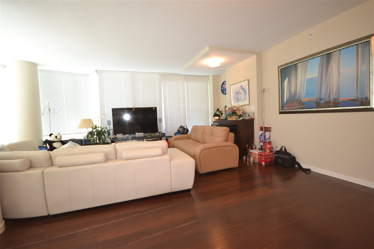 Condo Apartment at 3702 689 ABBOTT STREET, Unit 3702, Vancouver West, British Columbia. Image 7