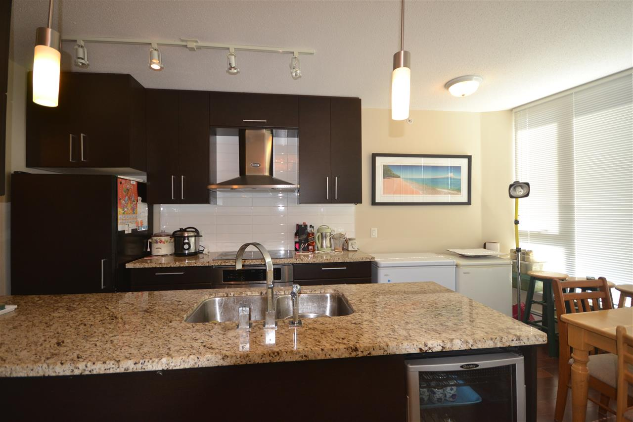 Condo Apartment at 3702 689 ABBOTT STREET, Unit 3702, Vancouver West, British Columbia. Image 8