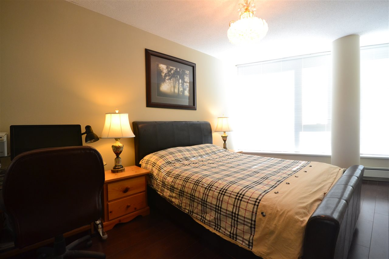 Condo Apartment at 3702 689 ABBOTT STREET, Unit 3702, Vancouver West, British Columbia. Image 11