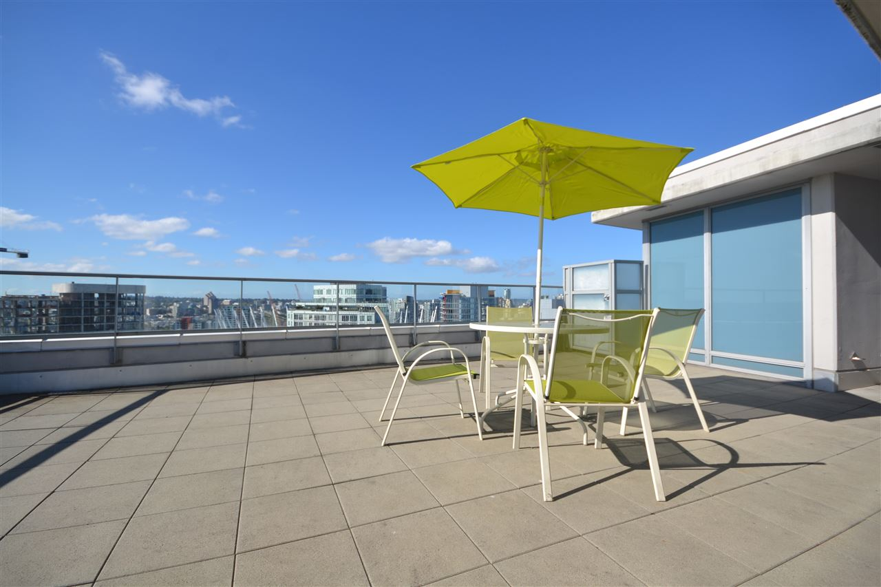 Condo Apartment at 3702 689 ABBOTT STREET, Unit 3702, Vancouver West, British Columbia. Image 13