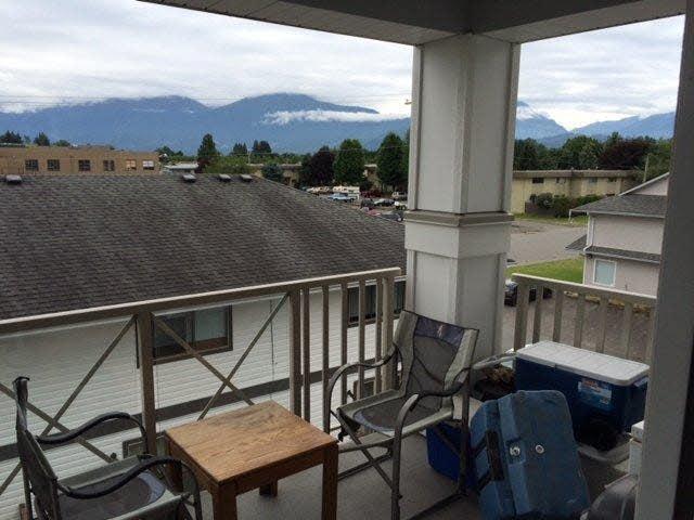 Condo Apartment at 206 46262 FIRST AVENUE, Unit 206, Chilliwack, British Columbia. Image 4