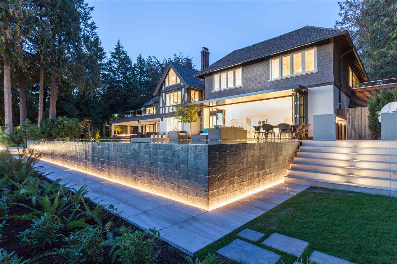 Detached at 2106 SW MARINE DRIVE, Vancouver West, British Columbia. Image 5