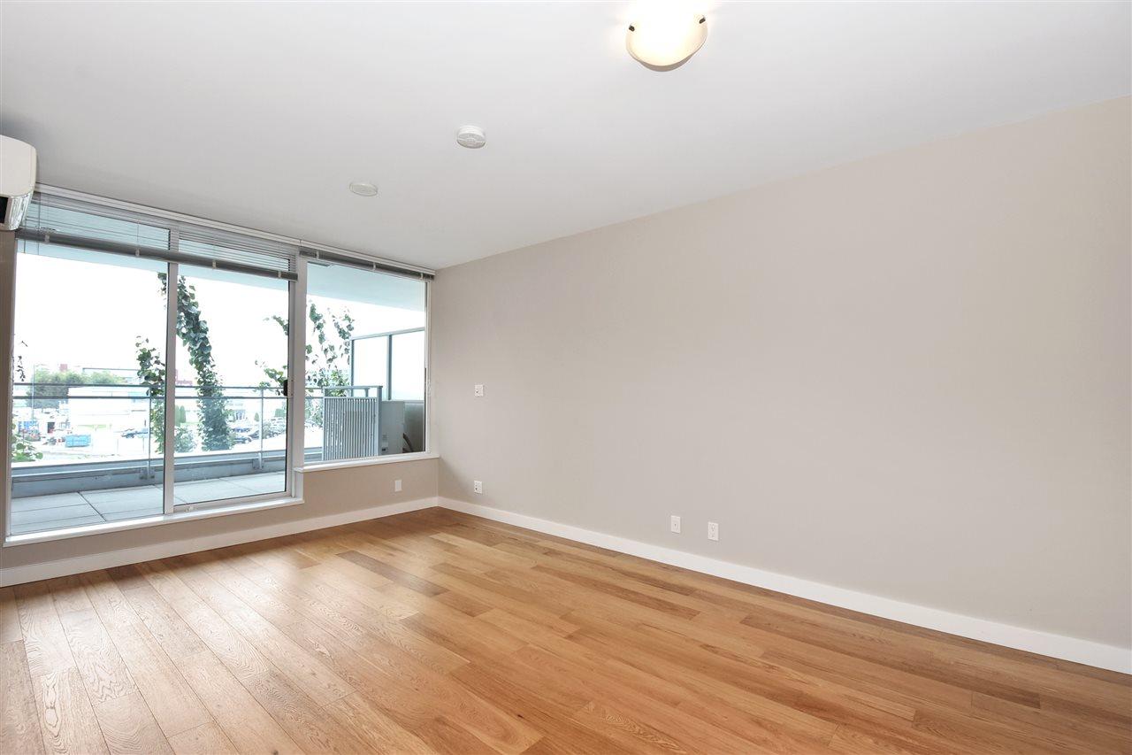 Condo Apartment at 2005 5511 HOLLYBRIDGE WAY, Unit 2005, Richmond, British Columbia. Image 3