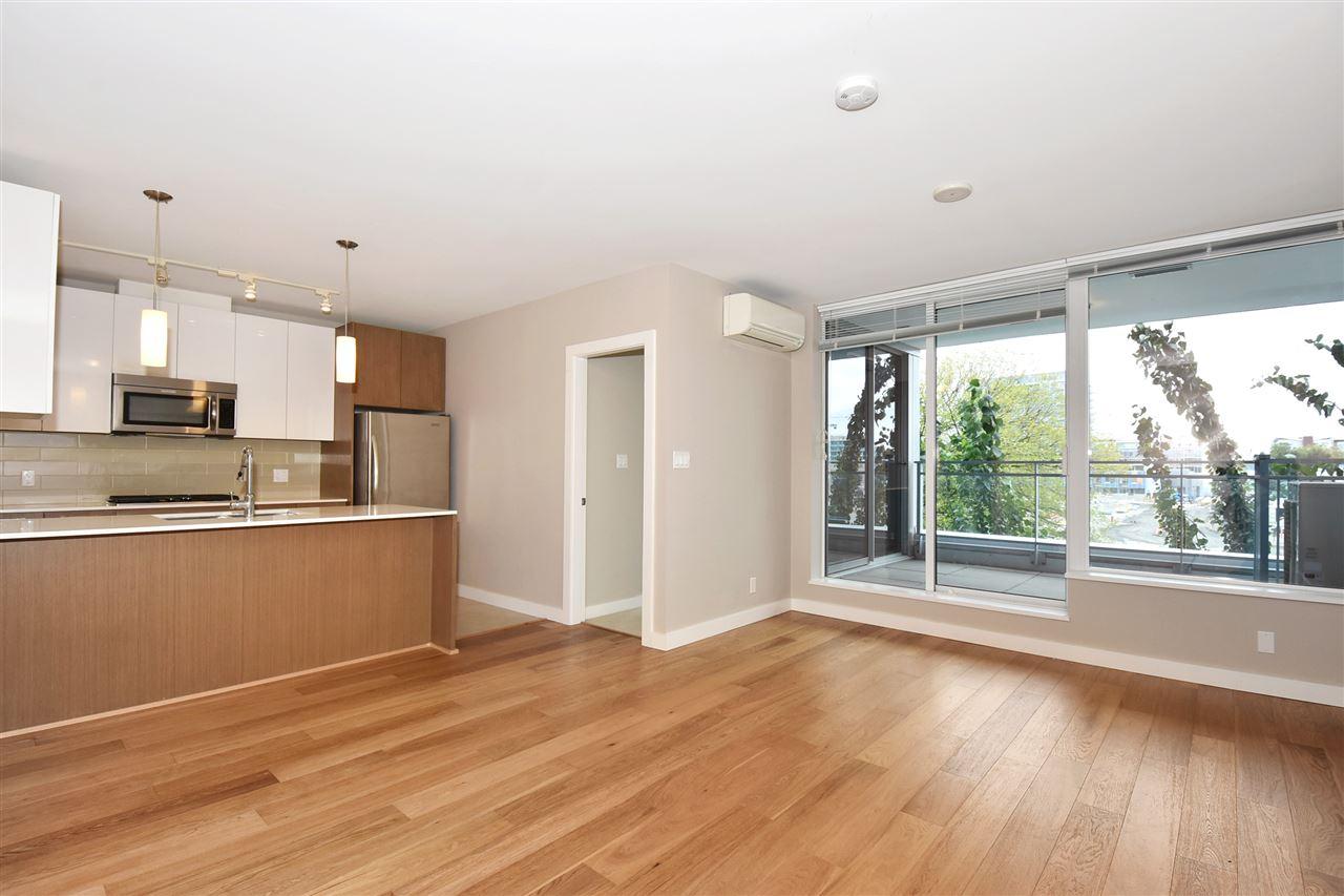 Condo Apartment at 2005 5511 HOLLYBRIDGE WAY, Unit 2005, Richmond, British Columbia. Image 4