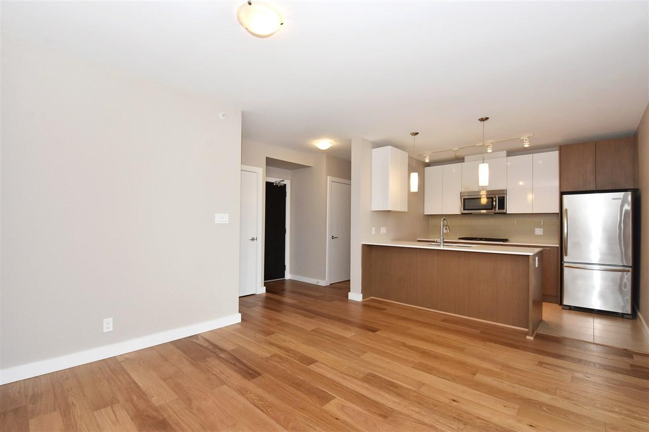 Condo Apartment at 2005 5511 HOLLYBRIDGE WAY, Unit 2005, Richmond, British Columbia. Image 5