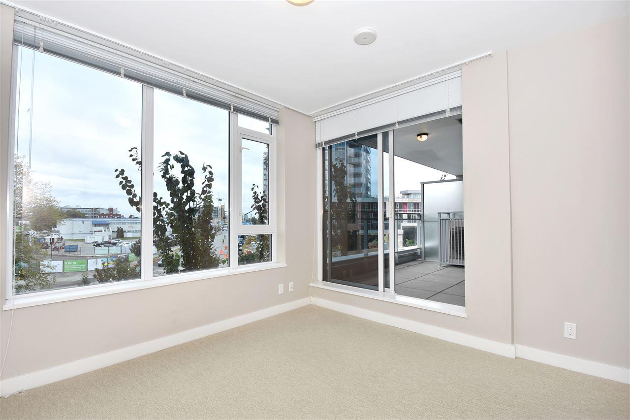 Condo Apartment at 2005 5511 HOLLYBRIDGE WAY, Unit 2005, Richmond, British Columbia. Image 8