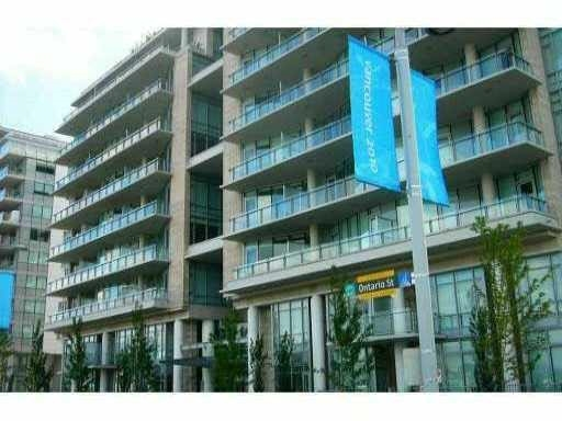 Condo Apartment at 905 1633 ONTARIO STREET, Unit 905, Vancouver West, British Columbia. Image 1