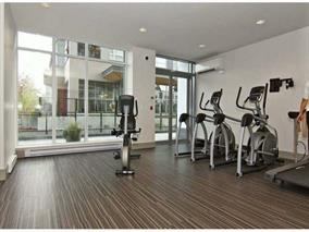 Condo Apartment at 4001 13325 102A AVENUE, Unit 4001, North Surrey, British Columbia. Image 13