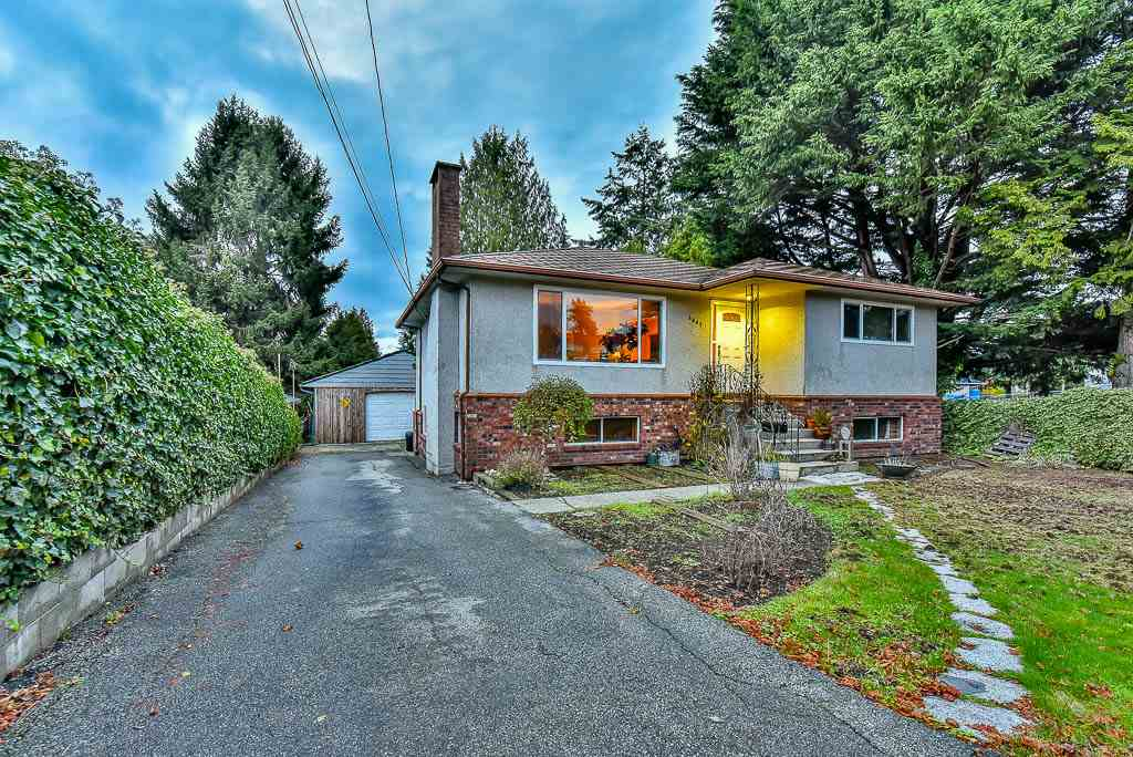 Detached at 8857 RUSSELL DRIVE, N. Delta, British Columbia. Image 1
