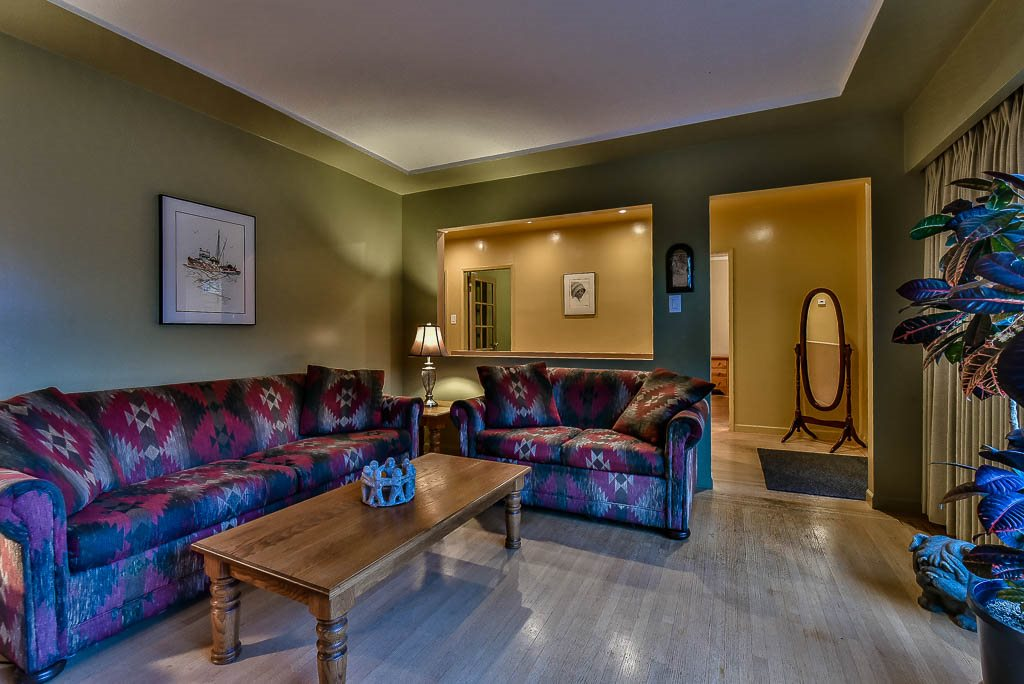 Detached at 8857 RUSSELL DRIVE, N. Delta, British Columbia. Image 3