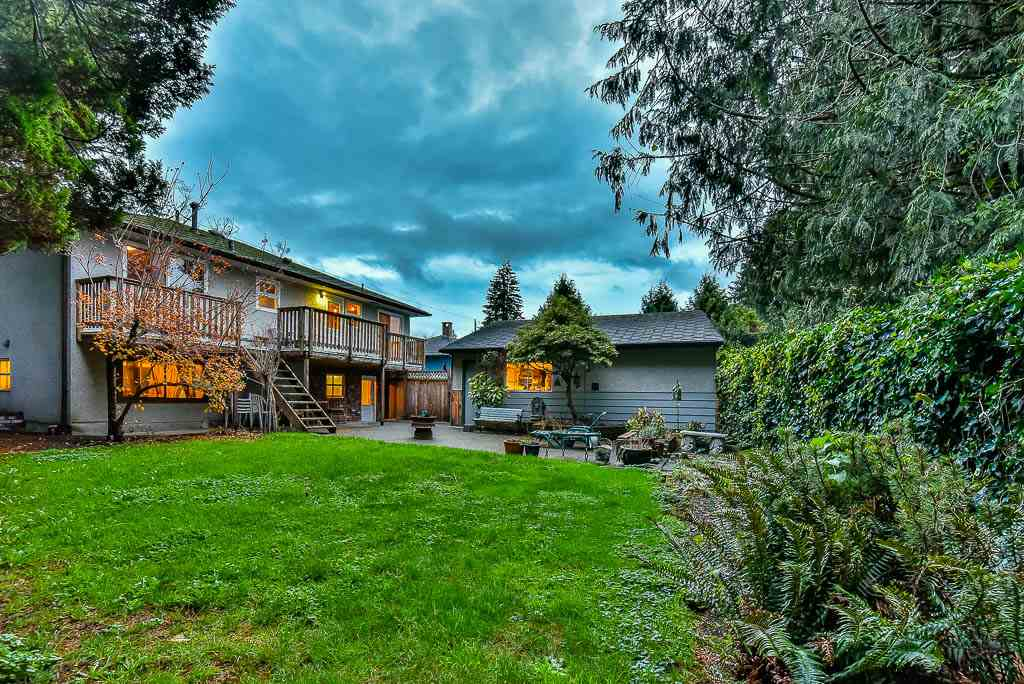 Detached at 8857 RUSSELL DRIVE, N. Delta, British Columbia. Image 19