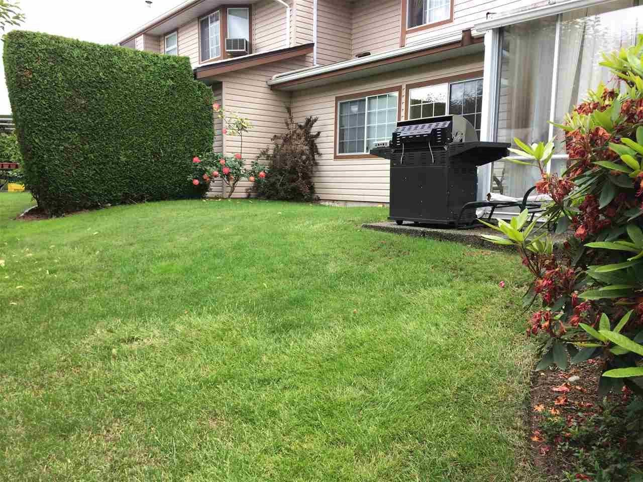 Townhouse at 11 32659 GEORGE FERGUSON WAY, Unit 11, Abbotsford, British Columbia. Image 10