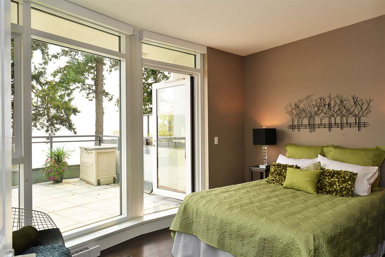Condo Apartment at 301 5725 TEREDO STREET, Unit 301, Sunshine Coast, British Columbia. Image 17