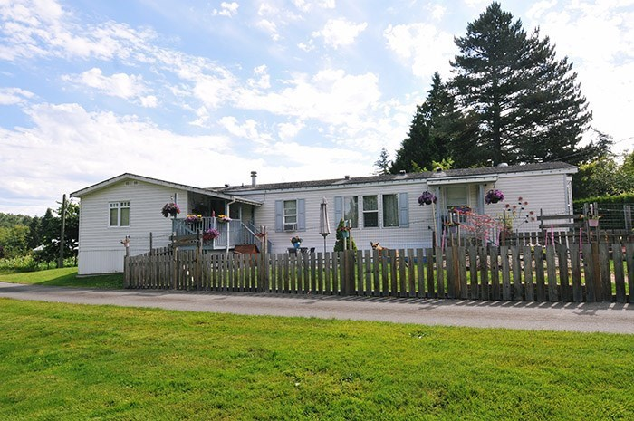 Detached at 25907 ROBERTSON CRESCENT, Langley, British Columbia. Image 20