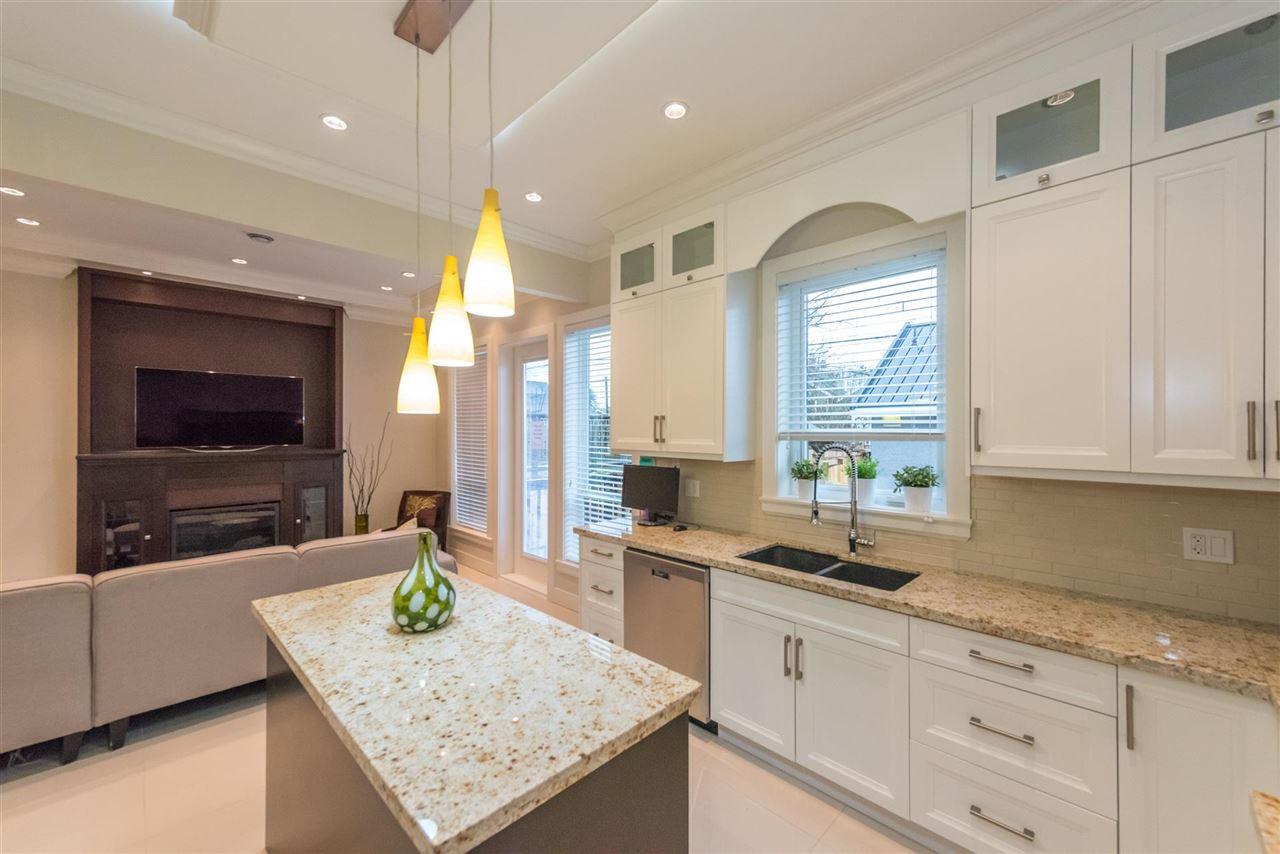 Detached at 2821 MCGILL STREET, Vancouver East, British Columbia. Image 7