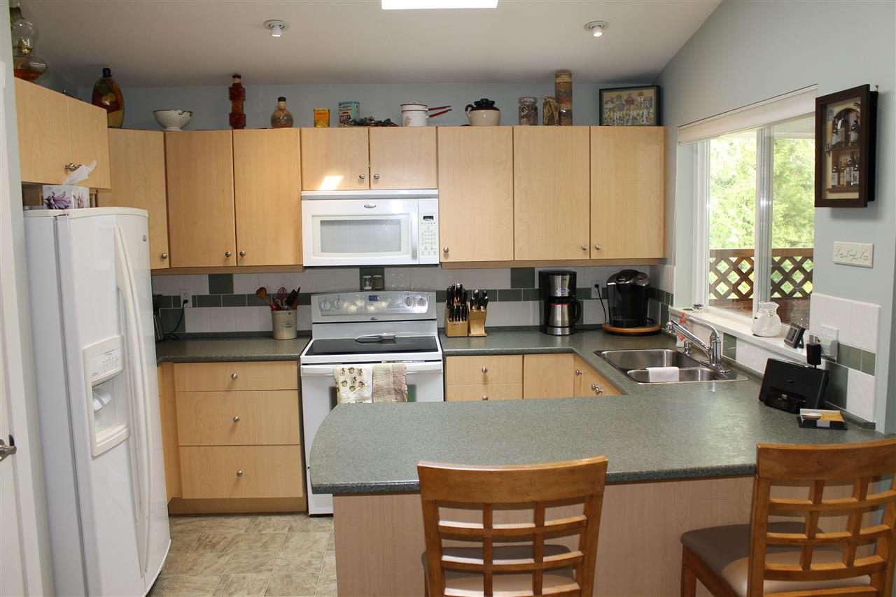 Townhouse at 11 12710 LAGOON ROAD, Unit 11, Sunshine Coast, British Columbia. Image 12