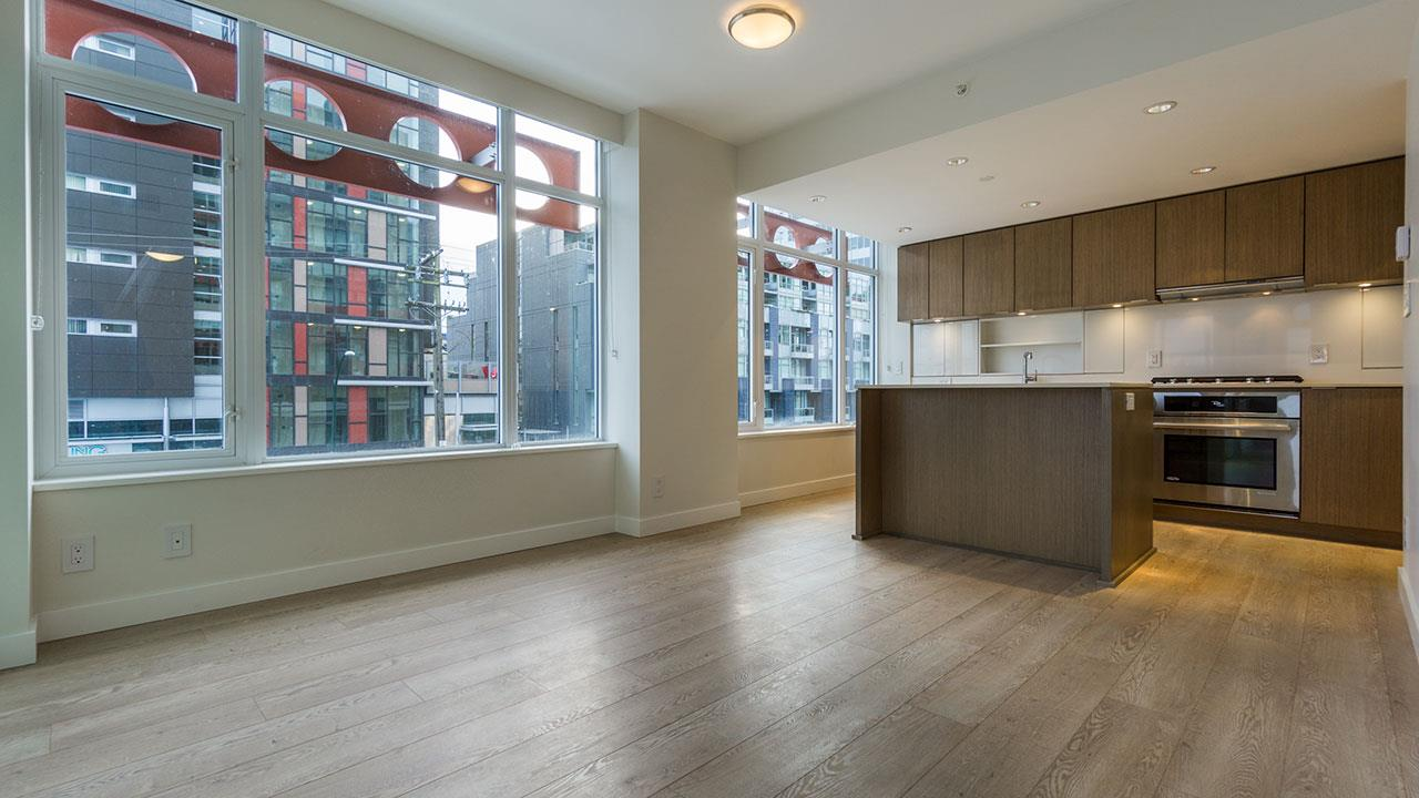 Condo Apartment at 206 161 E 1ST AVENUE, Unit 206, Vancouver East, British Columbia. Image 6