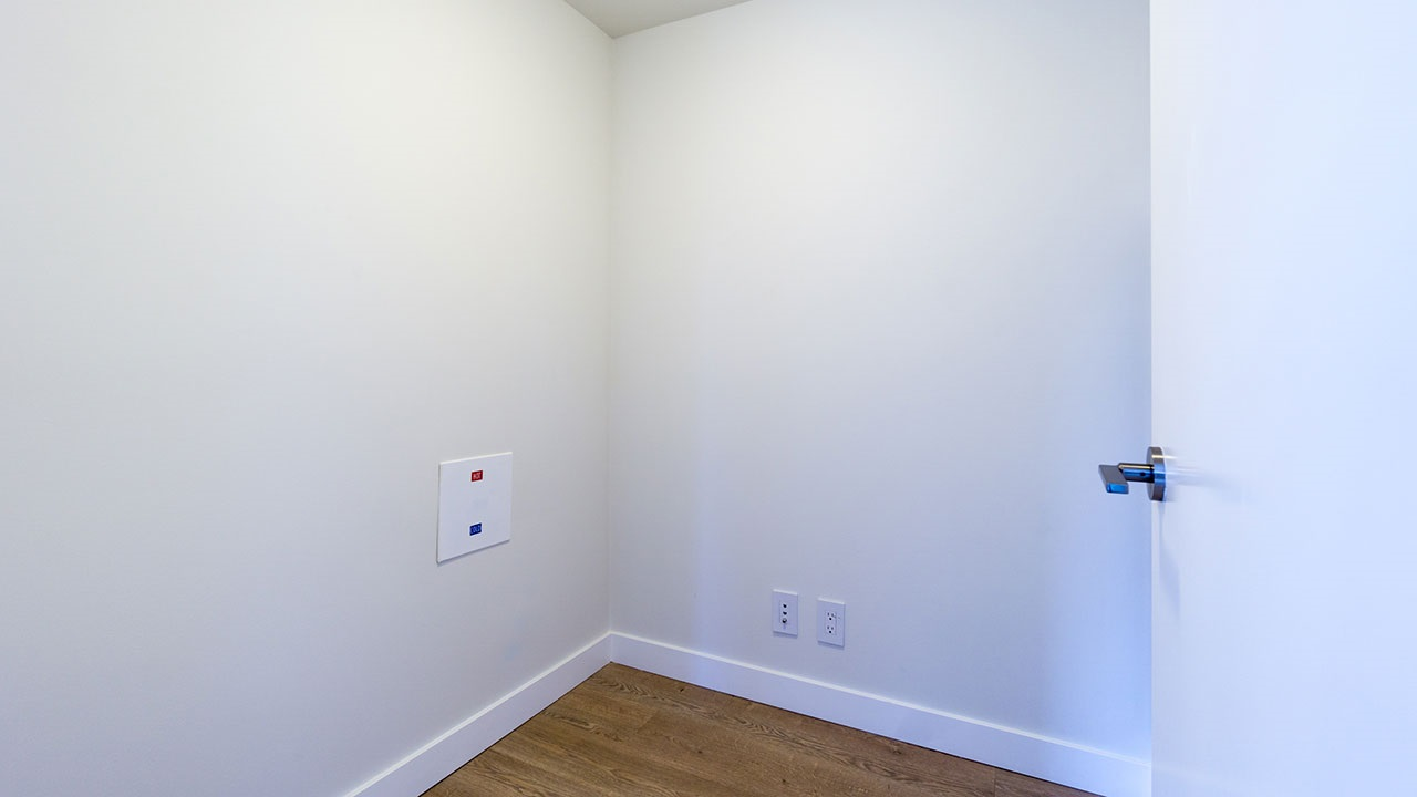 Condo Apartment at 206 161 E 1ST AVENUE, Unit 206, Vancouver East, British Columbia. Image 9