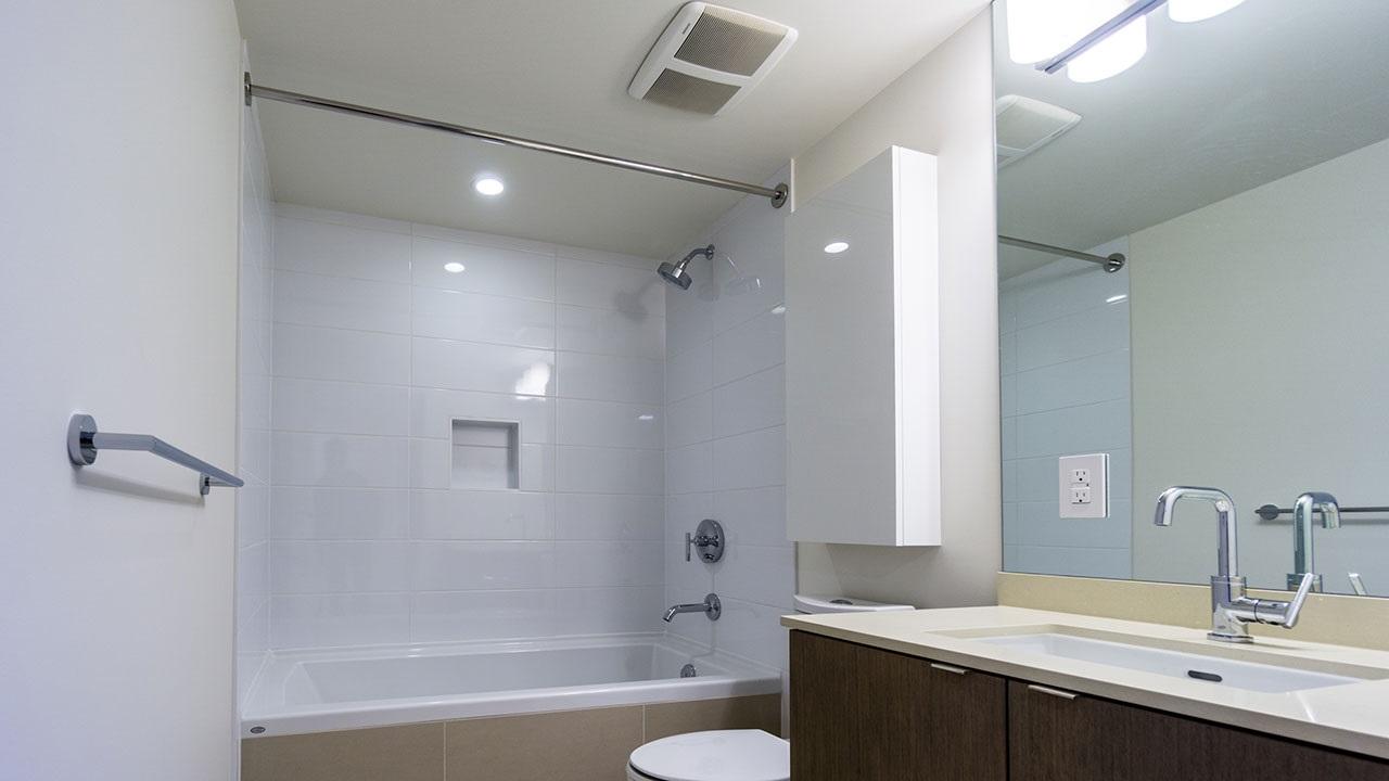 Condo Apartment at 206 161 E 1ST AVENUE, Unit 206, Vancouver East, British Columbia. Image 11