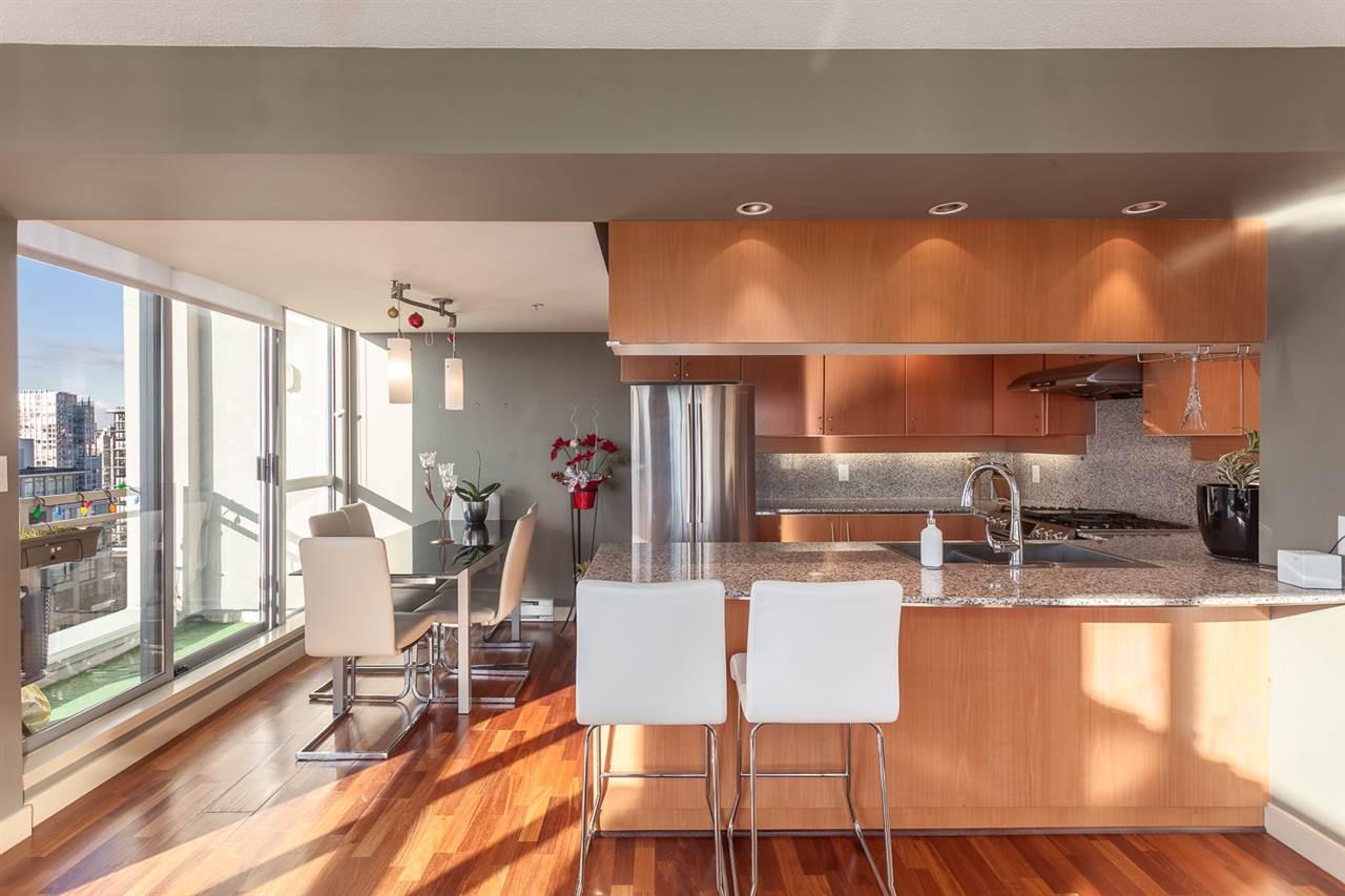 Condo Apartment at 2401 1238 RICHARDS STREET, Unit 2401, Vancouver West, British Columbia. Image 1