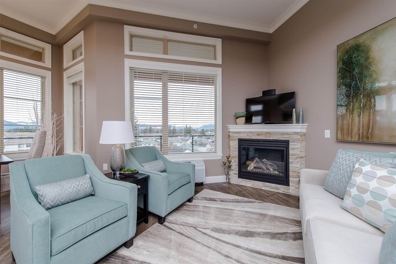 Condo Apartment at 101 45750-3 KEITH WILSON ROAD, Unit 101, Sardis, British Columbia. Image 4