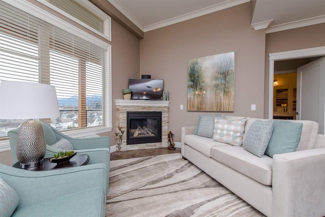 Condo Apartment at 101 45750-3 KEITH WILSON ROAD, Unit 101, Sardis, British Columbia. Image 5