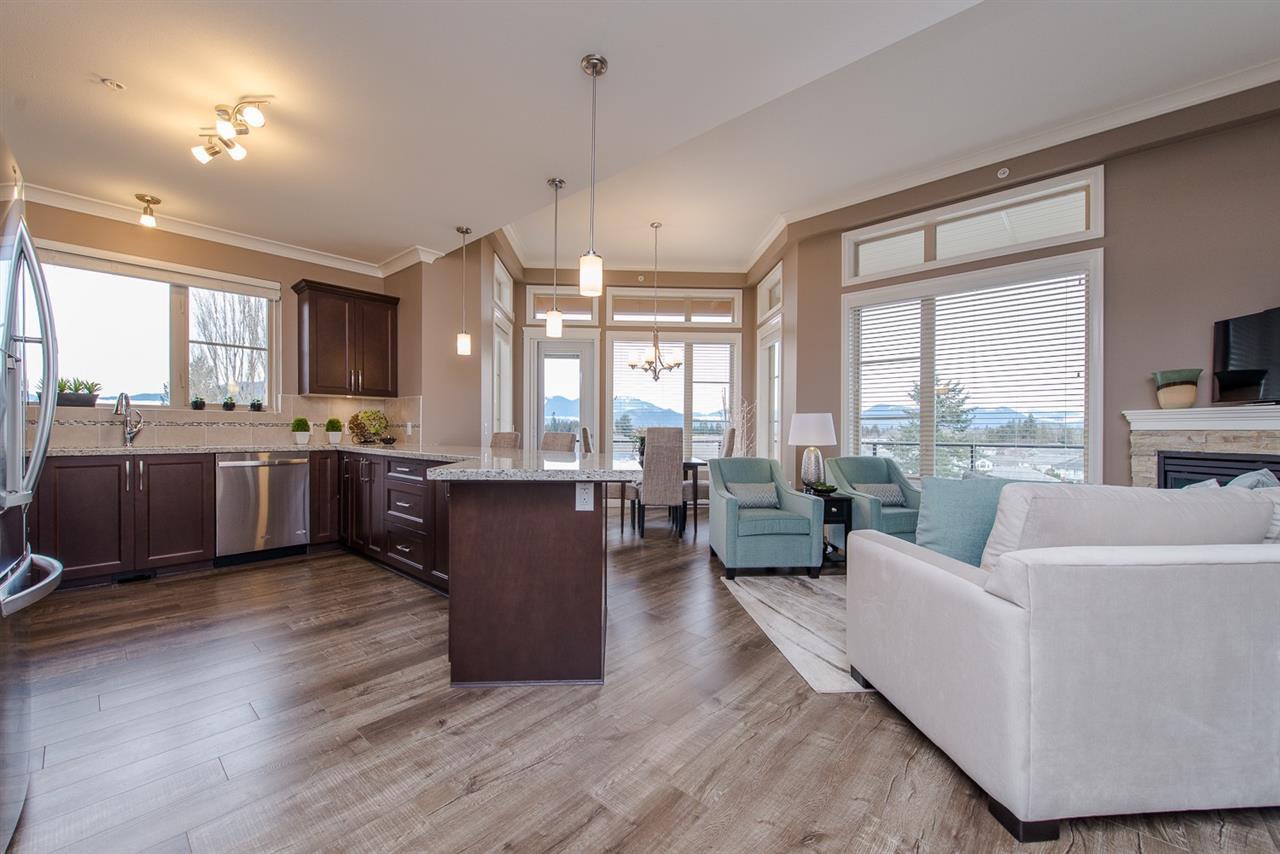 Condo Apartment at 101 45750-3 KEITH WILSON ROAD, Unit 101, Sardis, British Columbia. Image 6