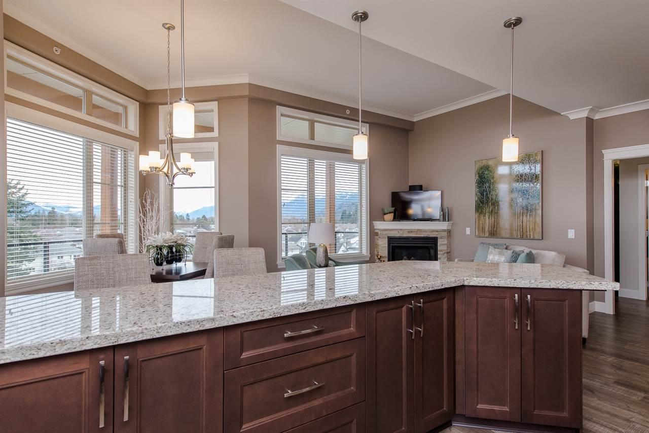 Condo Apartment at 101 45750-3 KEITH WILSON ROAD, Unit 101, Sardis, British Columbia. Image 13