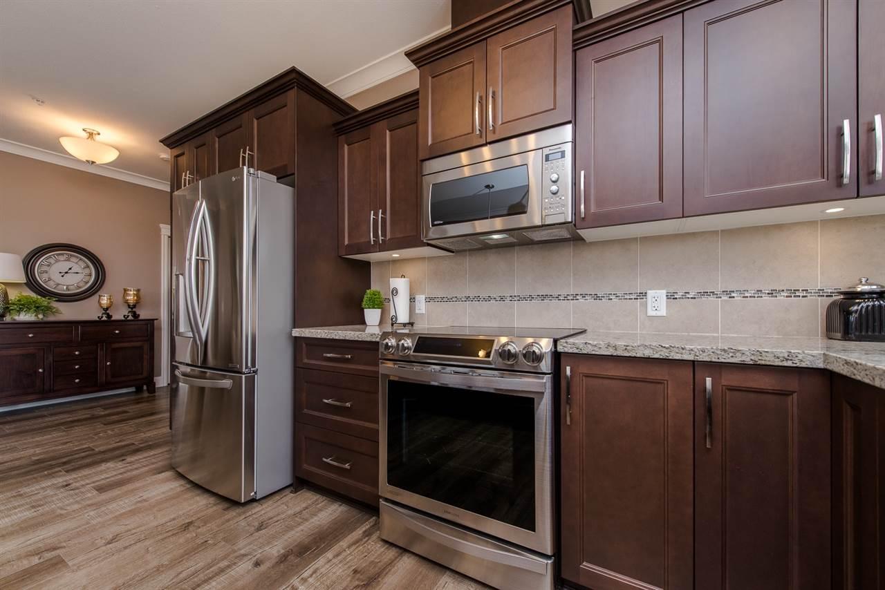 Condo Apartment at 101 45750-3 KEITH WILSON ROAD, Unit 101, Sardis, British Columbia. Image 14