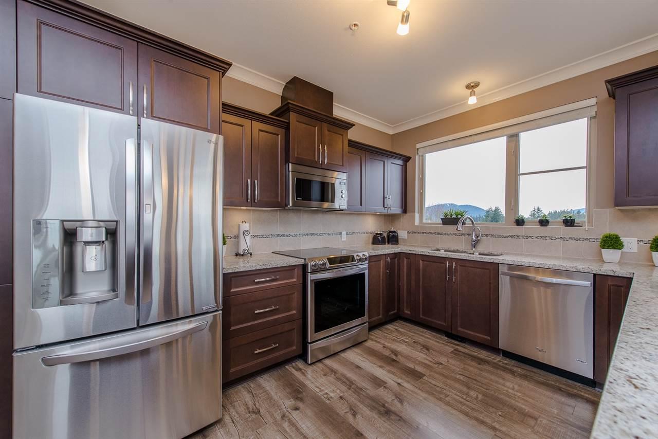 Condo Apartment at 101 45750-3 KEITH WILSON ROAD, Unit 101, Sardis, British Columbia. Image 16