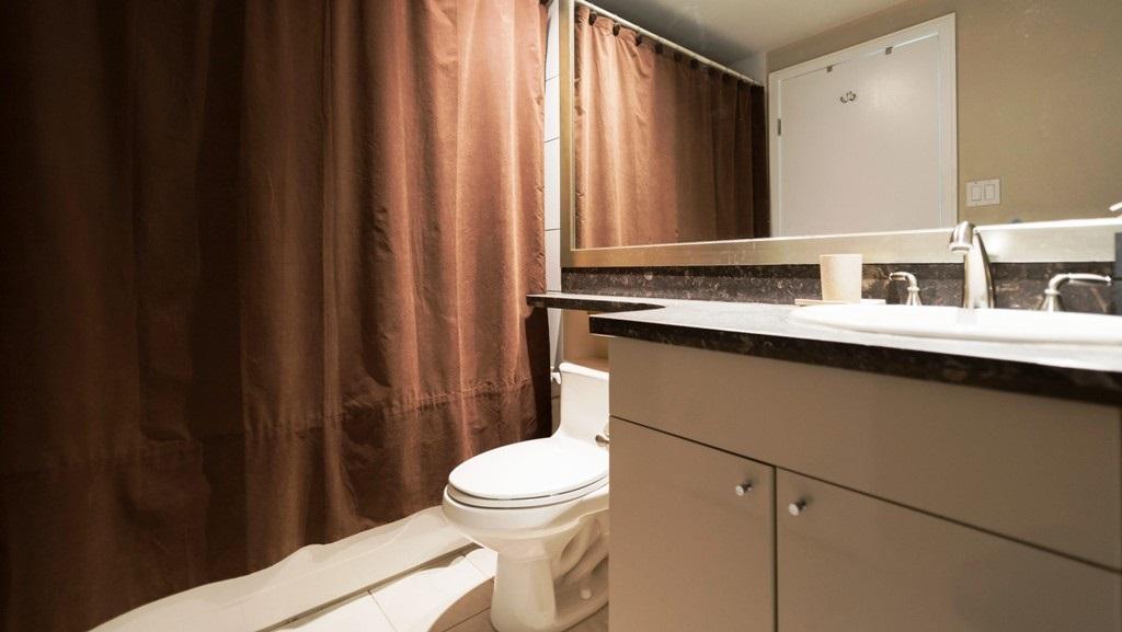 Condo Apartment at 1201 1680 BAYSHORE DRIVE, Unit 1201, Vancouver West, British Columbia. Image 11