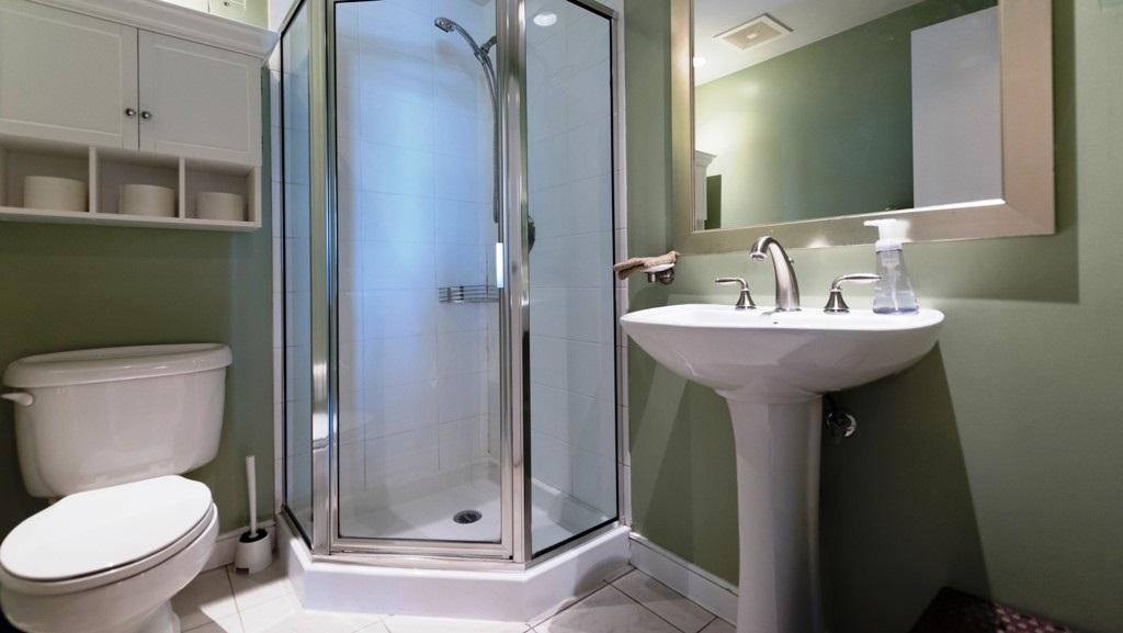 Condo Apartment at 1201 1680 BAYSHORE DRIVE, Unit 1201, Vancouver West, British Columbia. Image 12